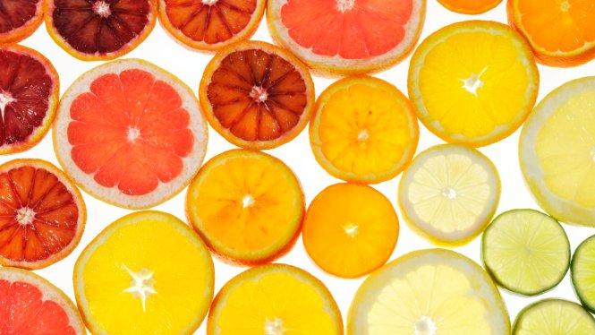 Slices of citrus fruit
